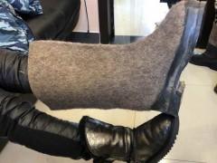 海清在俄罗斯开工 晒巨型雪地靴引网友热议